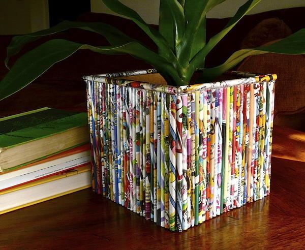Кашпо из старых журналов. Фото с сайта http://media.oregonlive.com