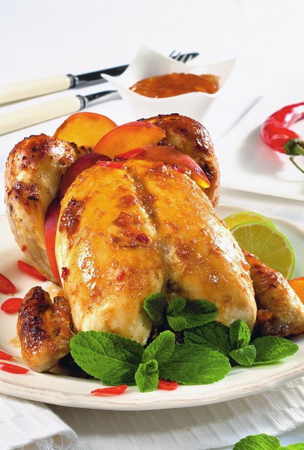 Запеченный цыпленок под соусом барбекю