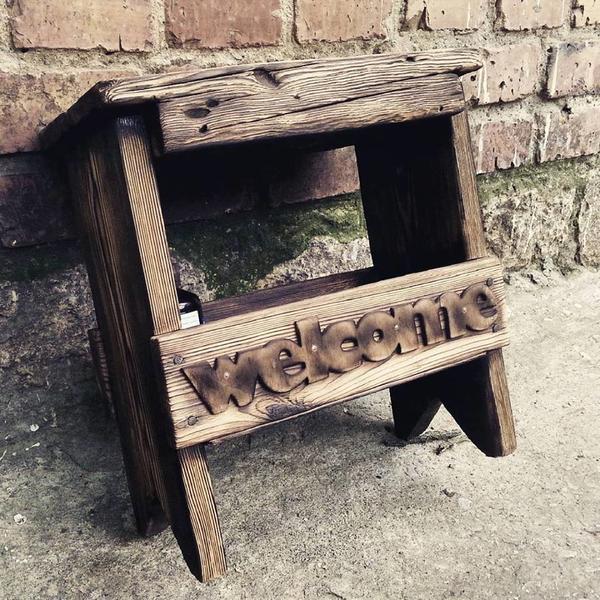 Скамейка с полочкой для обувных принадлежностей