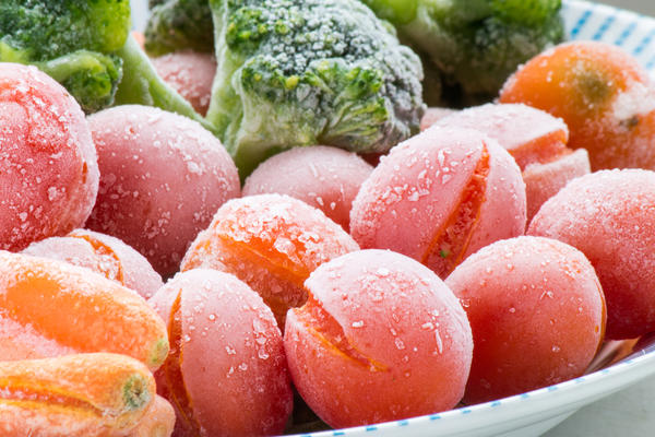 Один из лучших способов сохранить витамины и микроэлементы — заморозка