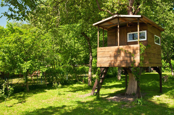 Дачный домик для детей