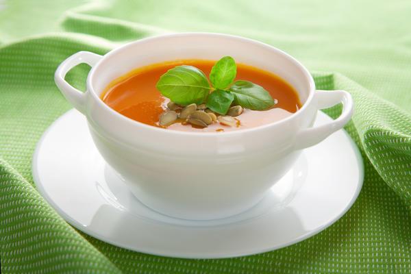 Тыквенный суп с орехами