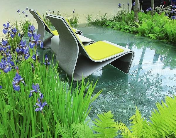 Стекло используют при сооружении садовых конструкций