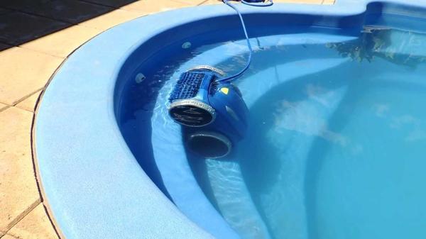 Питание поступает через гидроизолированный кабель. Фото с сайта http://portall.zp.ua