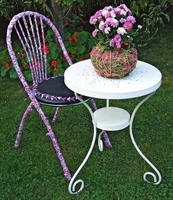 Оригинальная садовая мебель сегодня в большом почете у дачников