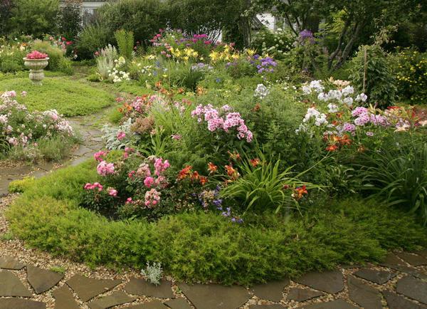 Яркий сад сегодня в моде