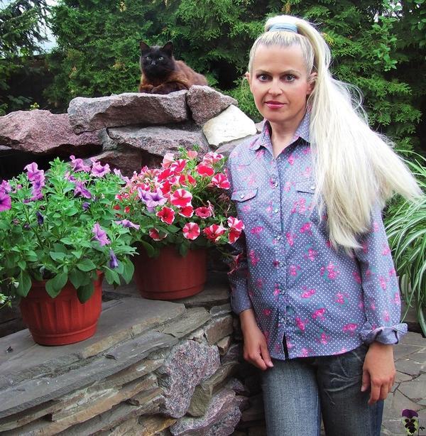 Знакомьтесь: наш постоянный эксперт, дизайнер и телеведущая Ольга Воронова.