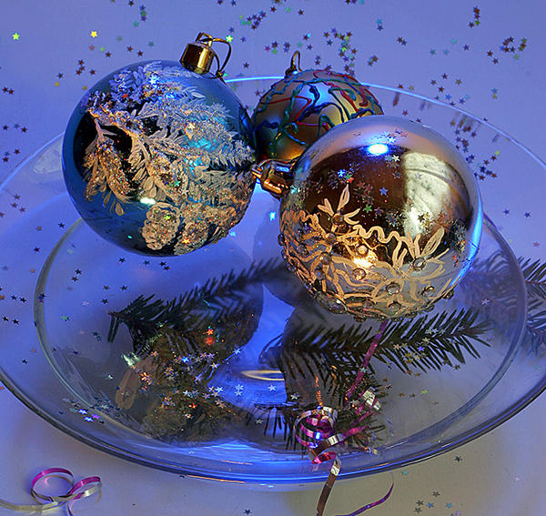 Новогодние шары со снежным узором