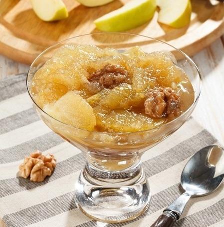 Варенье из яблок с грецкими орехами