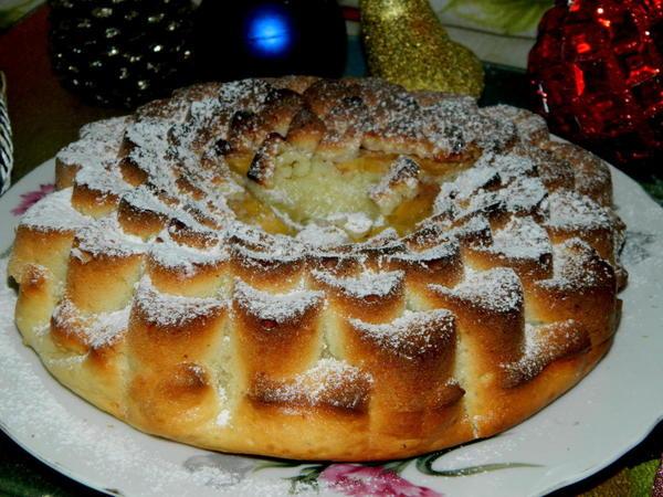 Нежный пирог с хурмой. Фото: Natasha777