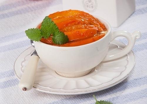 Десерт из хурмы с медом/Фото: Валентина Билунова/BurdaMedia