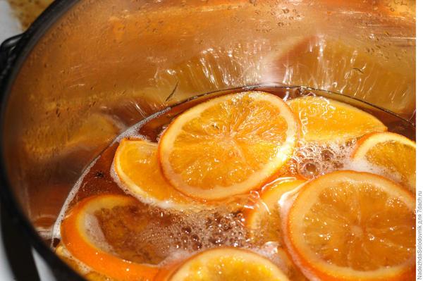 Апельсины в карамели. Фото: NadezhdaSolodovnik