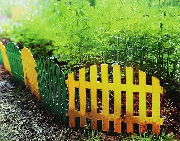 Пластиковый газонный бордюр