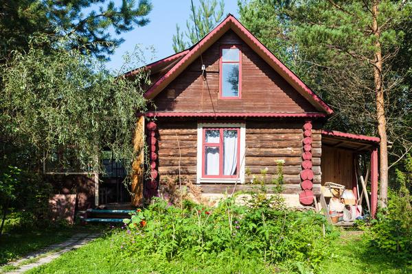 Возможности нести затраты на проведение реконструкции дачного дома у всех разные