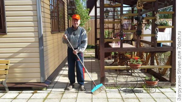 Уборка открытой террасы