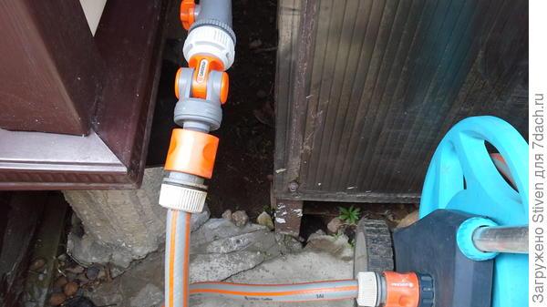 Подсоединение шланга к насосной станции