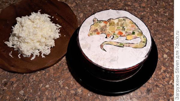 Салат; Новогодняя крыска, или; Оливье; с мясным ассорти - пошаговый рецепт приготовления с фото