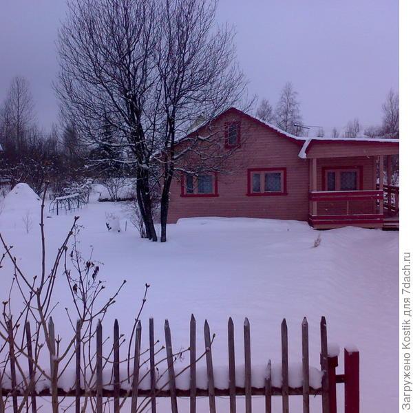 Дом зимою