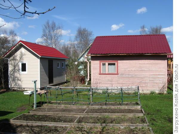 Баня, старый дом