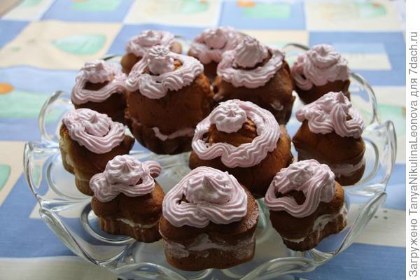 Готовые пирожные