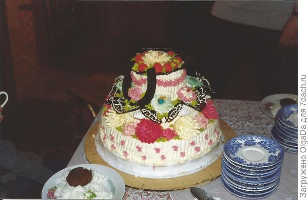 Торт с шоколадной подковой.