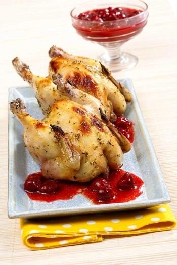 Цыплята в ягодном соусе