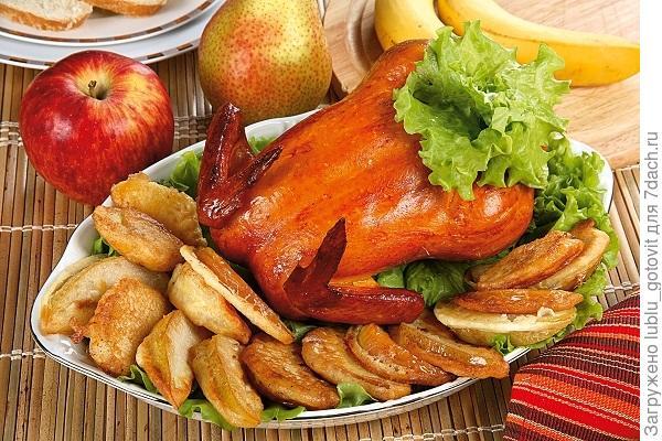 Курица с фруктами