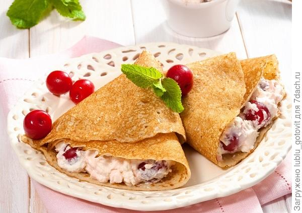 Сладкие десертные блинчики