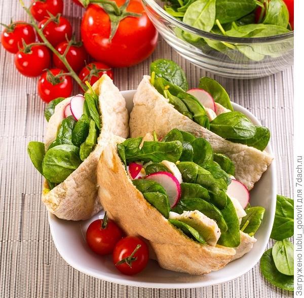 Пита с салатом