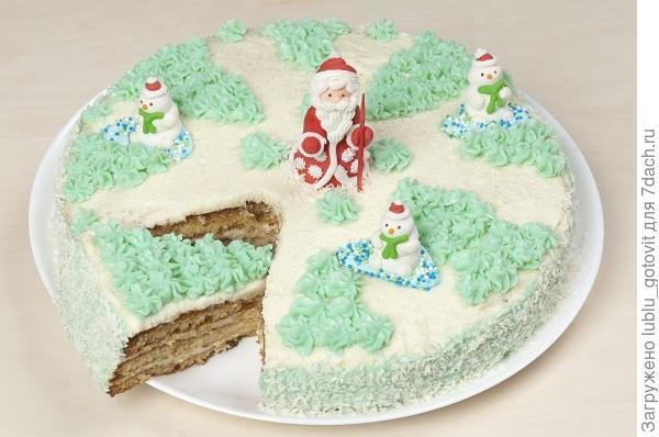 Медовый торт «С Новым годом» Фото: А. Нерубаев/BurdaMedia