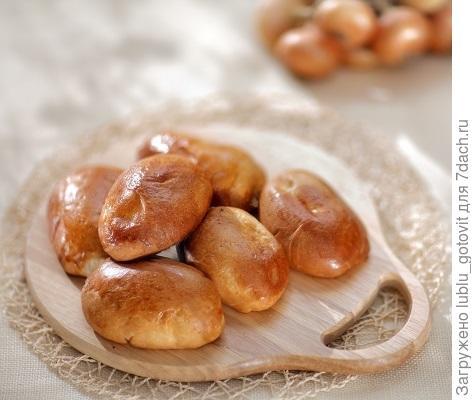 Пирожки с капустой из дрожжевого теста Фото: Дмитрий Королько/BurdaMedia