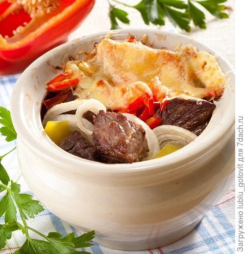 Мясо в горшочках Фото: Олег Кулагин/BurdaMedia