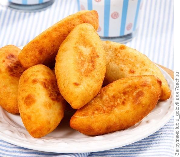 Картофельные пирожки с мясом и орешками  Фото: Олег Кулагин/BurdaMedia