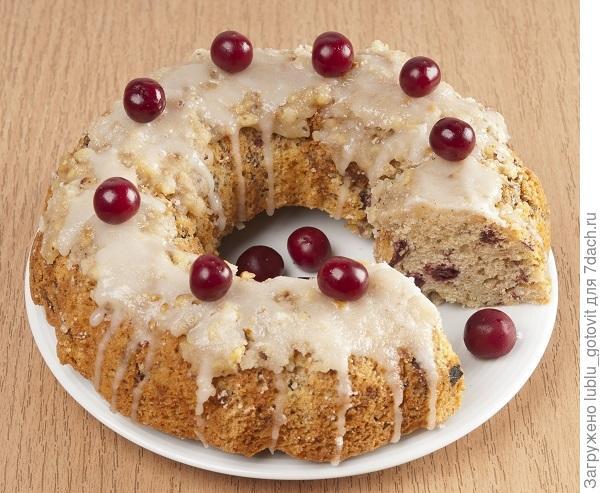Вишневый кекс с ореховой карамелью/Фото: А. Соколов/BurdaMedia