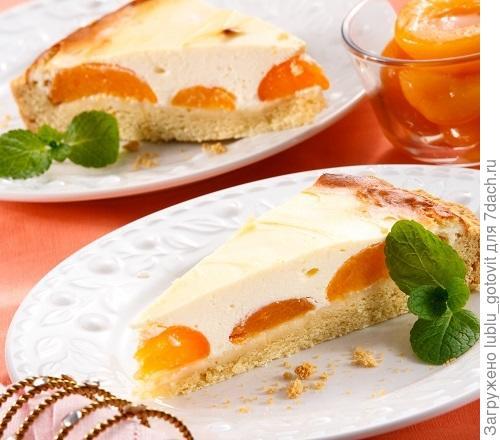 Нежный пирог с творогом и абрикосами/Фото: Олег Кулагин/BurdaMedia