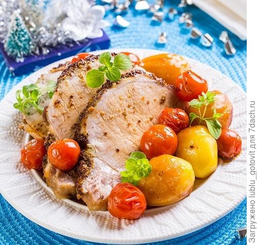 Свинина, запеченная с картофелем/Фото: К. Виноградов/BurdaMedia