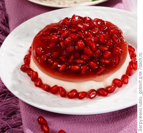 Ягодный десерт с нежнейшим сливочным кремом/Фото: Олег Кулагин/BurdaMedia