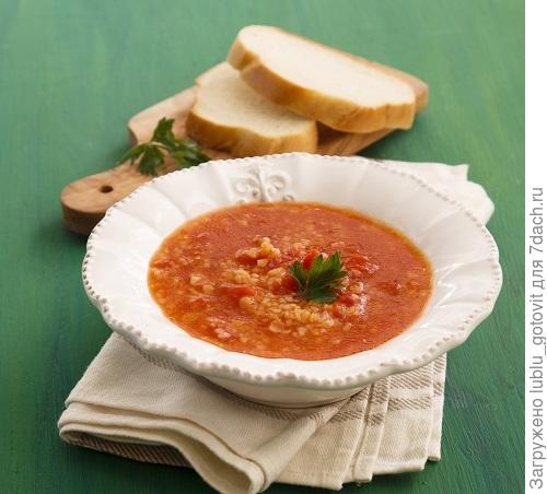 Томатный суп с перцем/Фото: Мария Ковалева/BurdaMedia