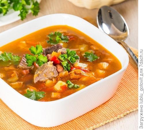 Овощной суп с грудинкой/Фото: К. Виноградов/BurdaMedia