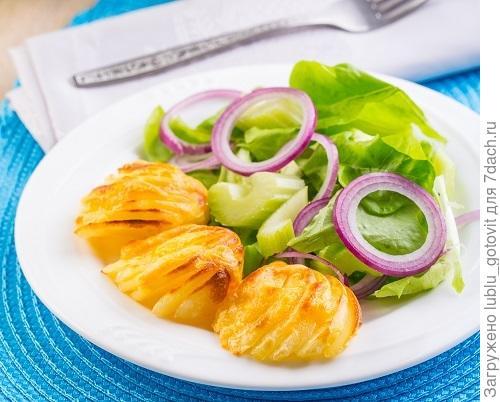 Запеченный картофель с сыром/Фото: К. Виноградов/BurdaMedia