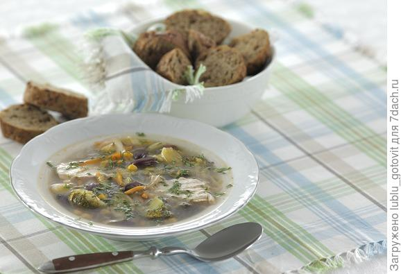Суп с индейкой, красной фасолью и кукурузой/Фото: Дмитрий Королько/BurdaMedia