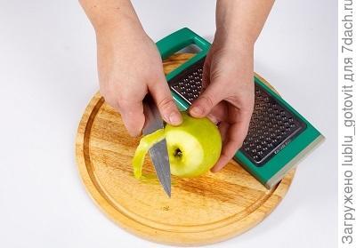 Как приготовить гуся: запекаем с яблоками