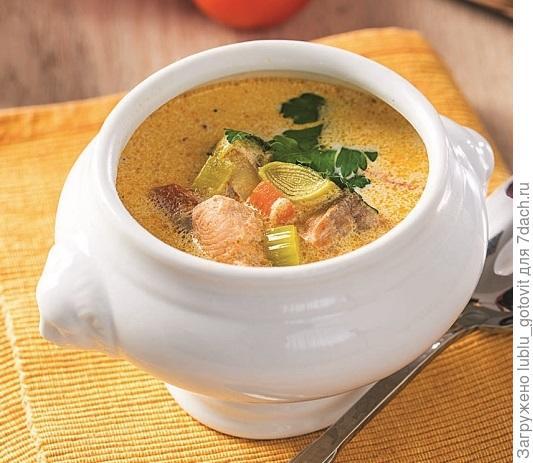 Суп с лососем и сливками/Фото: К. Виноградов/BurdaMedia