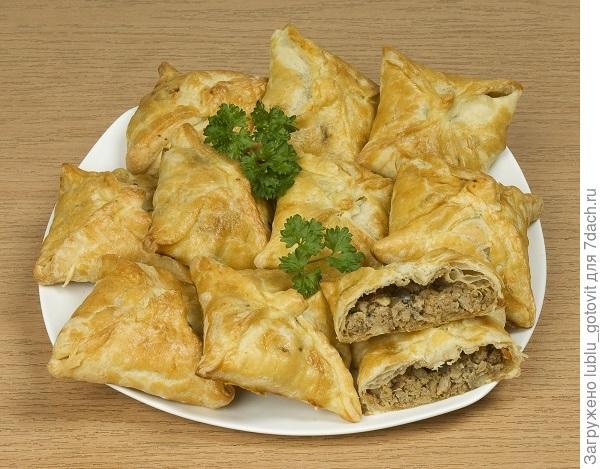 Пирожки-конвертики с мясом и грибами/Фото: А. Соколов/BurdaMedia