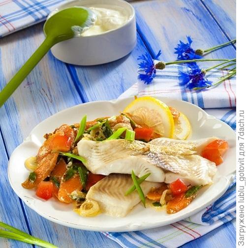 Рагу из моркови и фенхеля с рыбными филе/Фото: Олег Кулагин/BurdaMedia