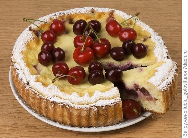 Творожный пирог с черешней/Фото: А. Нерубаев/BurdaMedia
