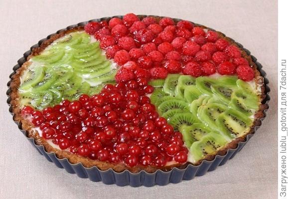Летний пирог с ягодами/Фото: Дмитрий Позднухов/BurdaMedia