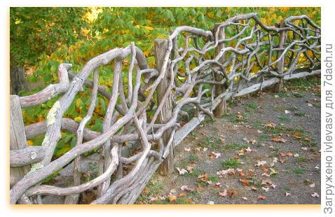 http://www.amenagementdujardin.net/wp-content/uploads/2014/03/cloture-branches-horizontales-tallcloverfarm.com_.jpg
