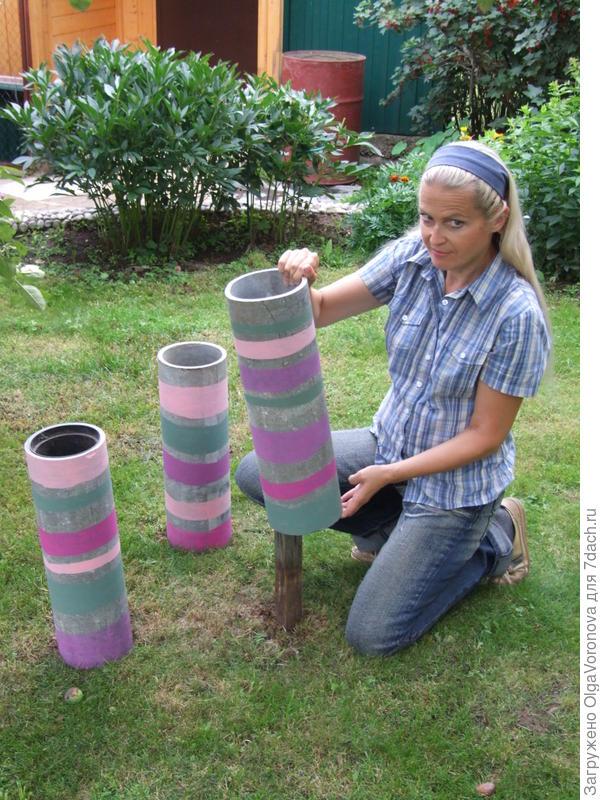 Вот я тоже в прошлом году решила приспособить трубы под цветы
