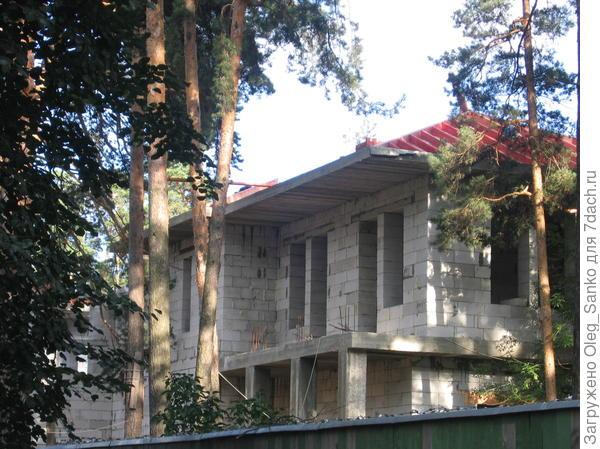 Этот дом выполняется по модернизированному типовому проекту